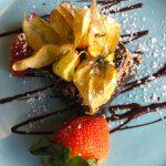 Dessert au chocolat servi au restaurant de l'hôtel Sacacomie, photo prise par LuxeMagazine